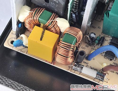 二级emi滤波电路通常在电源的主pcb板上,由电感线圈和电容等元器件